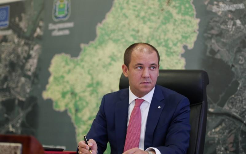 Первый зам губернатора Алексей Лаптев исчез, над Артамоновым сгущаются тучи