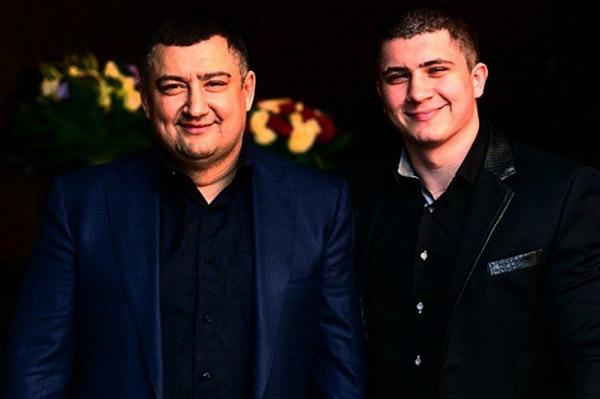 «Папа» Виктор Ишаев и его семья